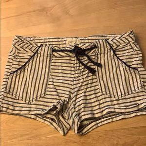 🛍$3 MUST BUNDLE 3 Jolt Nautical Shorts